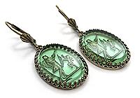 АРХИВ Серьги «Танцующий Купидон» (коллекционное стекло intaglio)