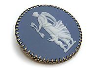 АРХИВ Брошь «Афродита и Купидон» коллекц. японский фарфор