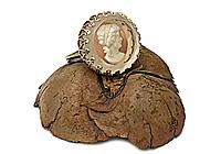 ДВА ЭКЗ Кольцо «Камея (винтажное хрустальное инталио)» - V953