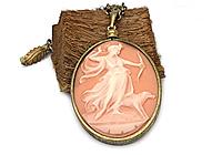 Кулон «Богиня Диана (винтажный кабошон)» - V967